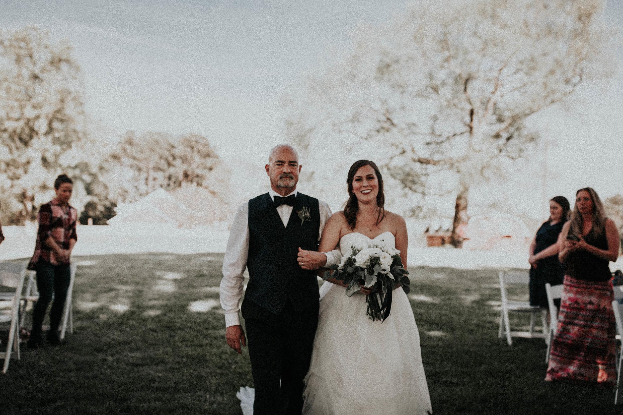 Adam_and_Hannah_Wedding_CharisLauren__5420.jpg
