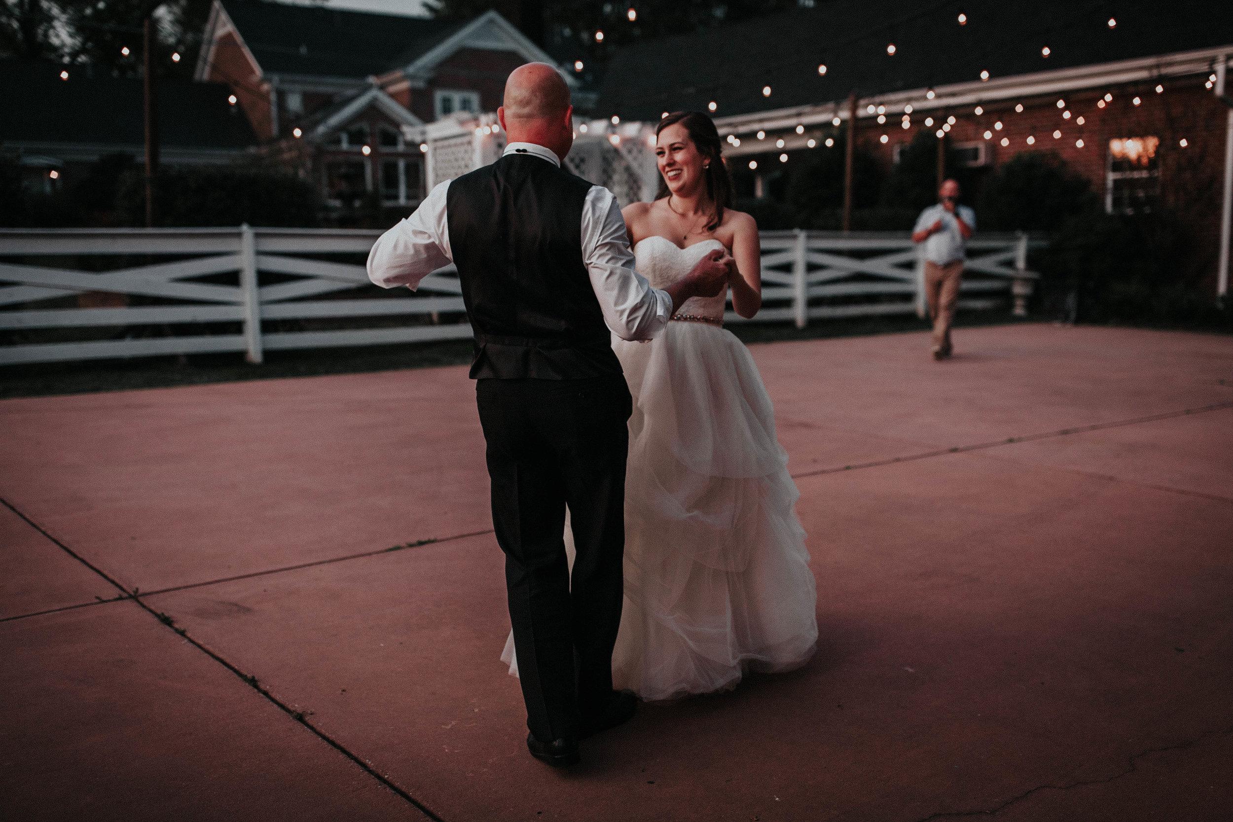 Adam_and_Hannah_Wedding_CharisLauren__5823.jpg