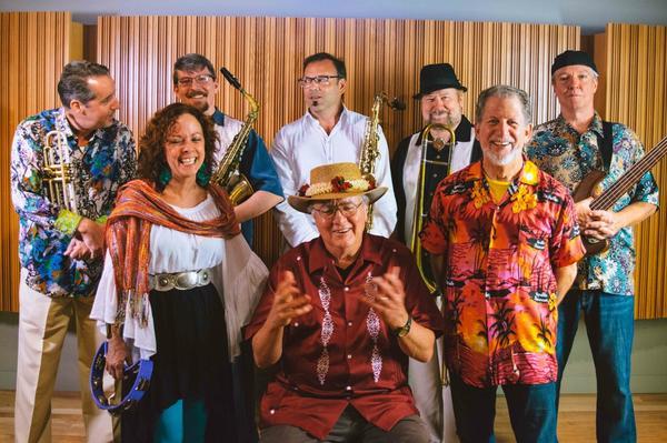Beto y los fairlanes - Photo by Jessie Rodriguez