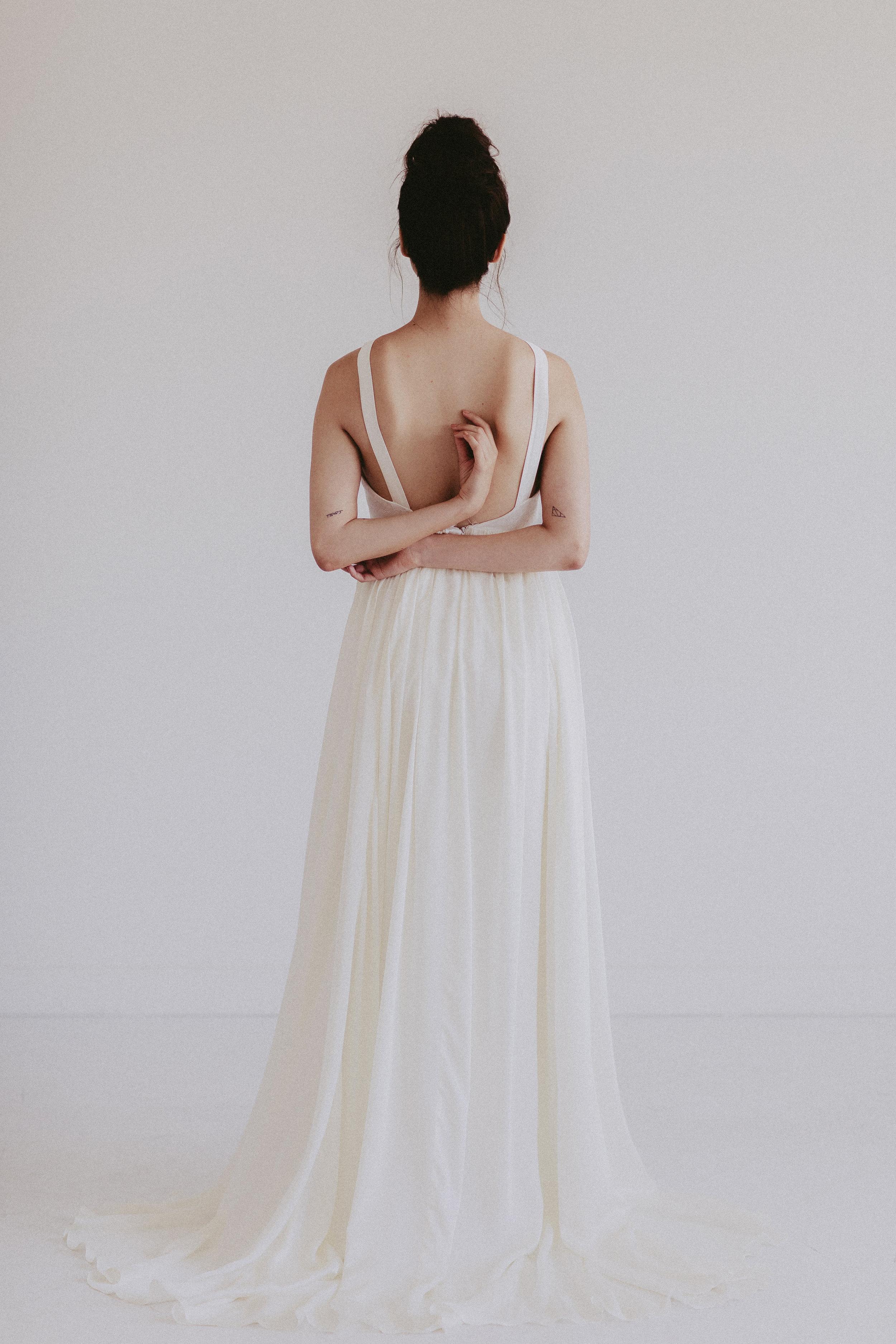 Austin by Chantel Lauren chiffon silk wedding gown flowy boho western