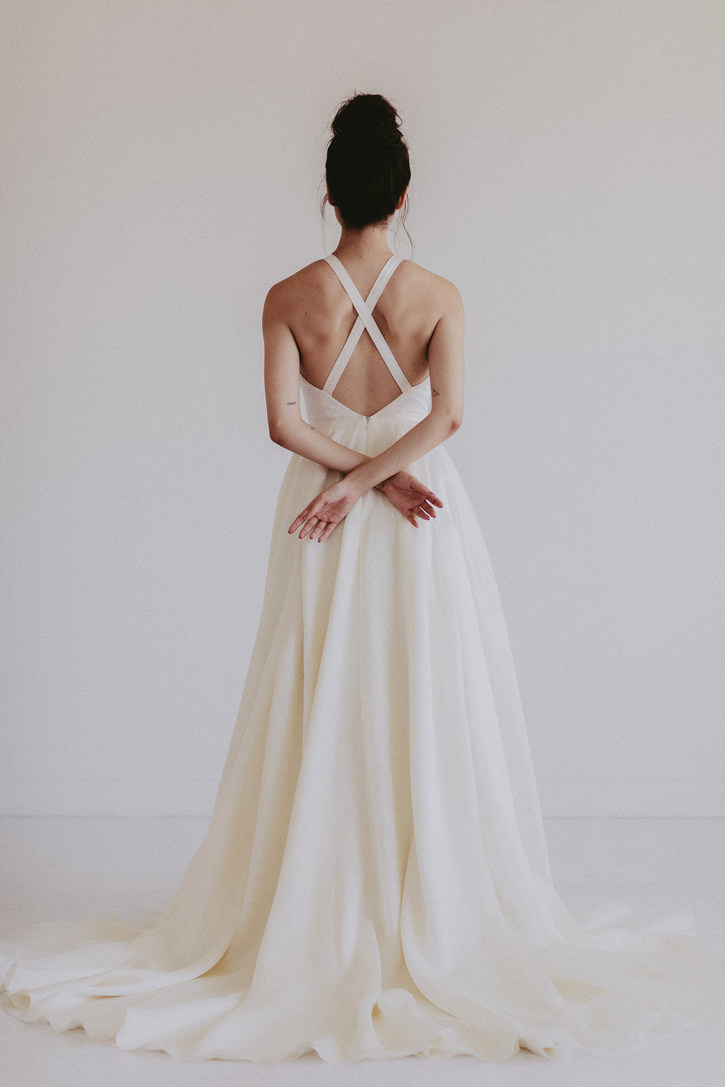 Remington by Chantel lauren hand painted ivory wedding gown