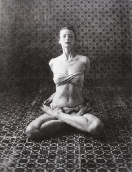 Bound Lotus Love {Dorian Leigh - Yoga (D), New York, 1946 Irving Penn}