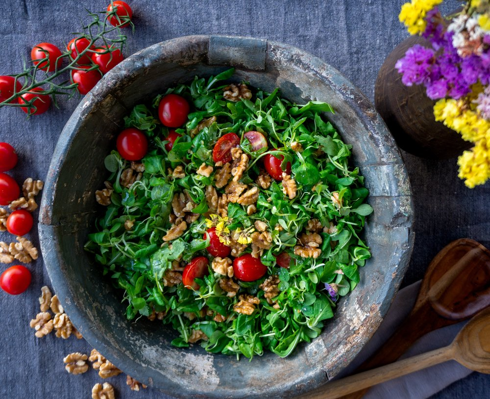 HOW TO BECOME A SALAD ADDICT