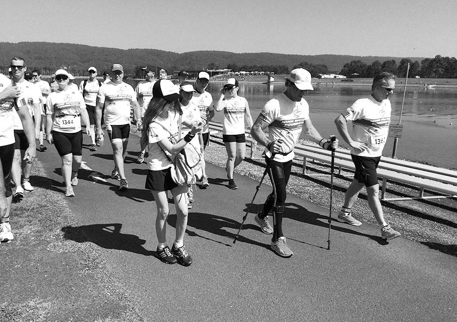 Nepean Triathlon 2014 – 10 walk to finish