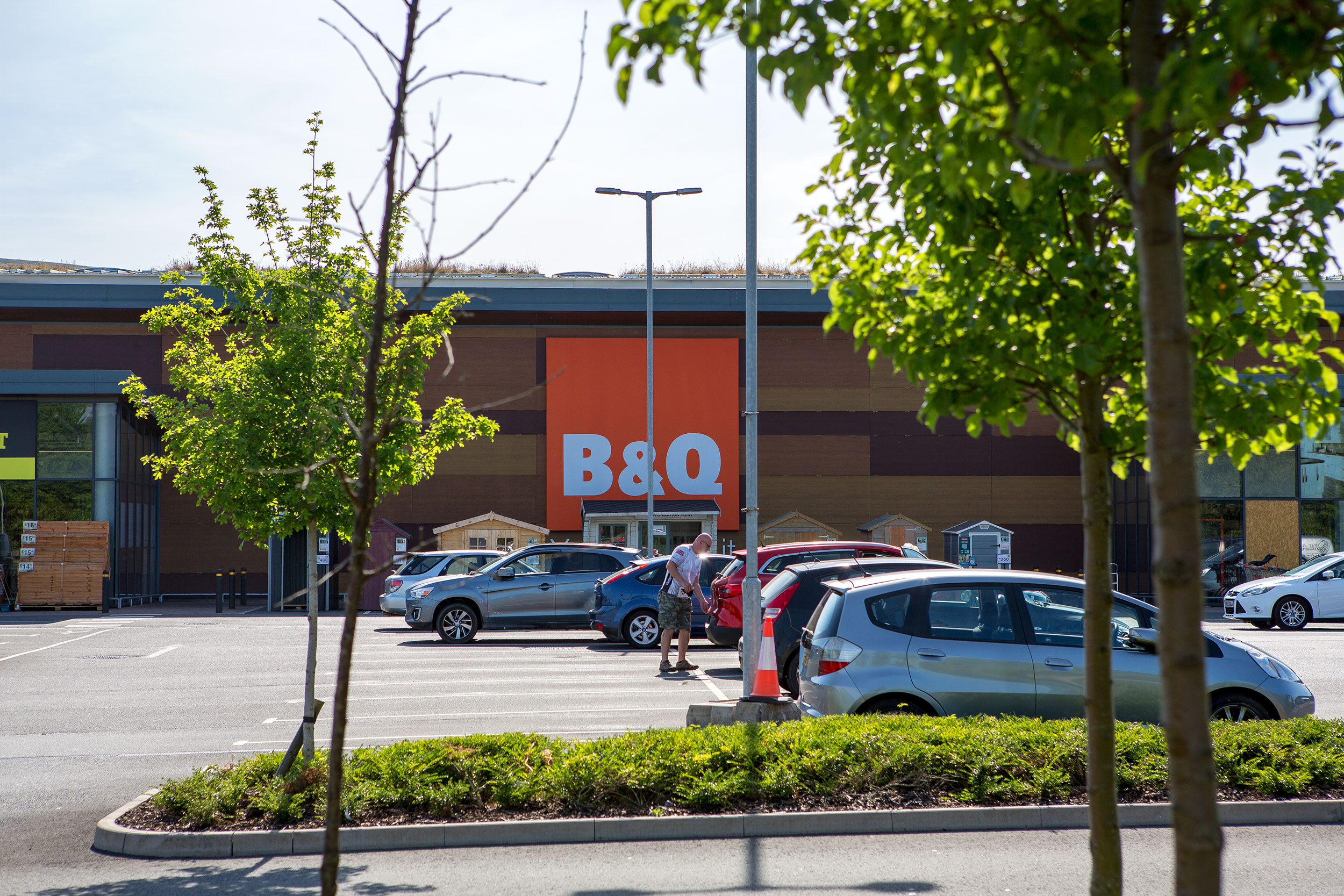 B&Q 'ECO LEARNING' SUPERSTORE