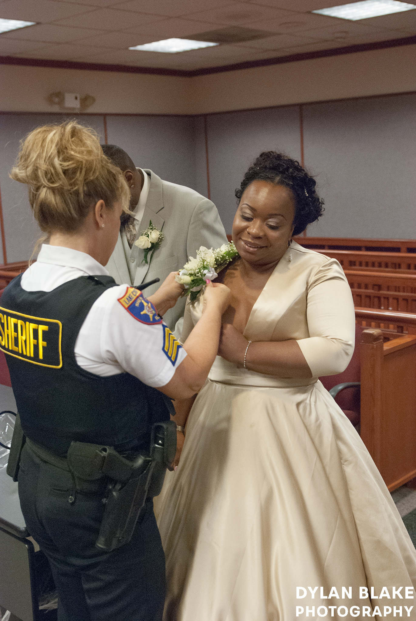 courthouse_wedding04.jpg