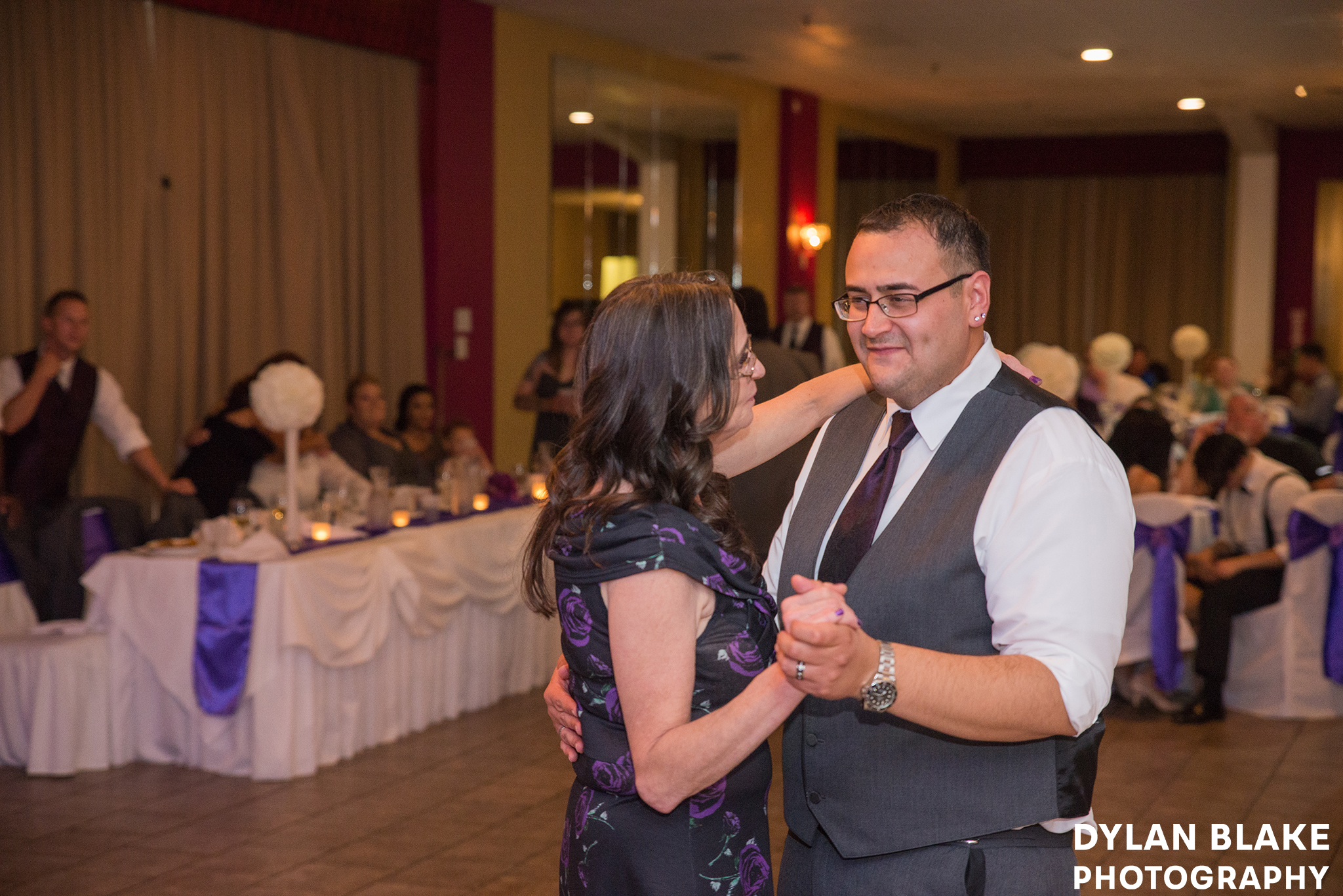 4-wedding-reception-club-royal-b&v-east-dundee-08.jpg