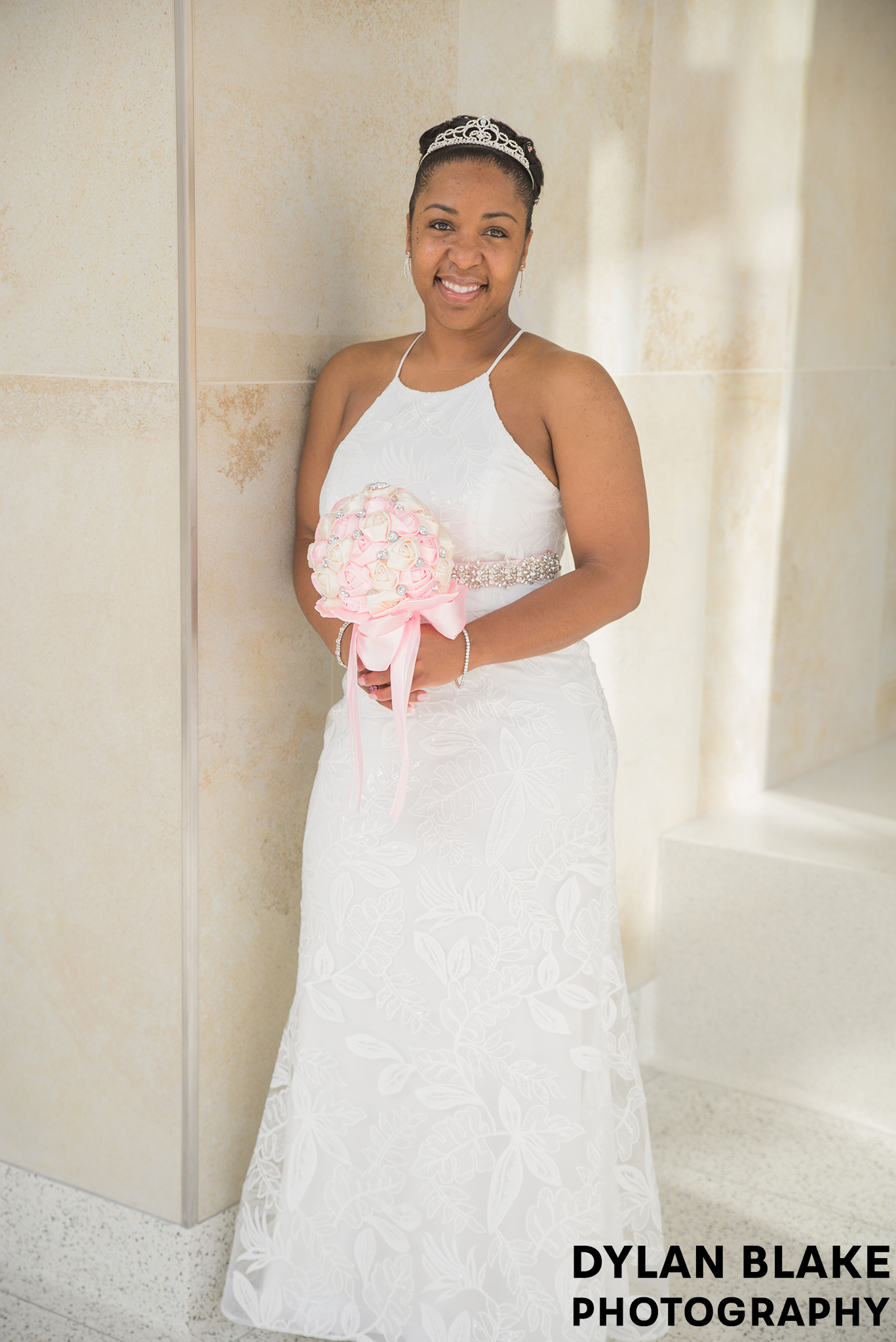 1-lake-county-il-courthouse-wedding-formal-portraits-07.jpg