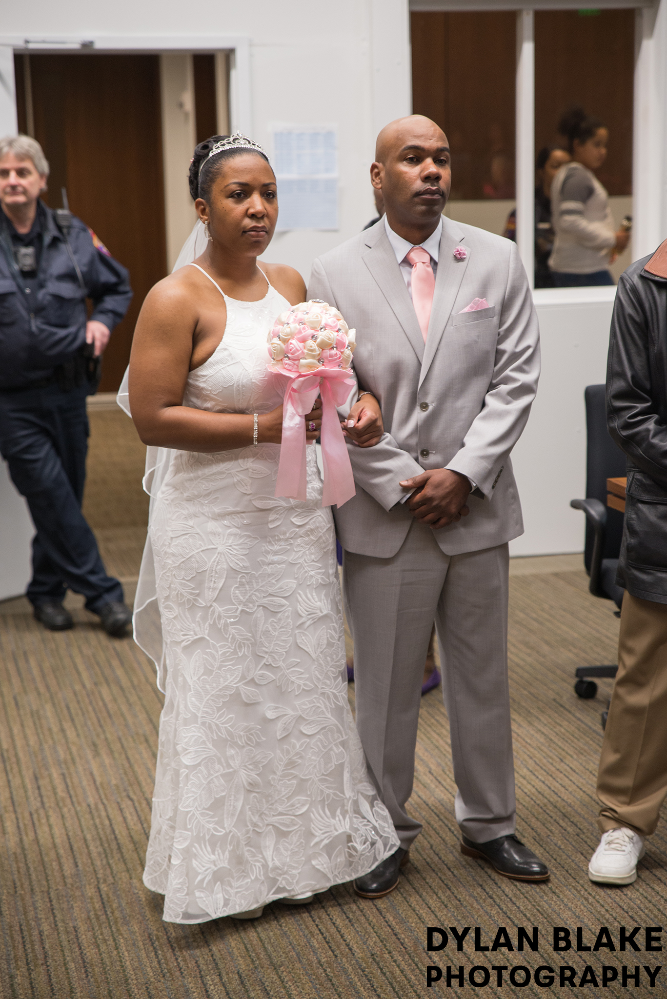 2-lake-county-il-courthouse-wedding-ceremony-01.jpg