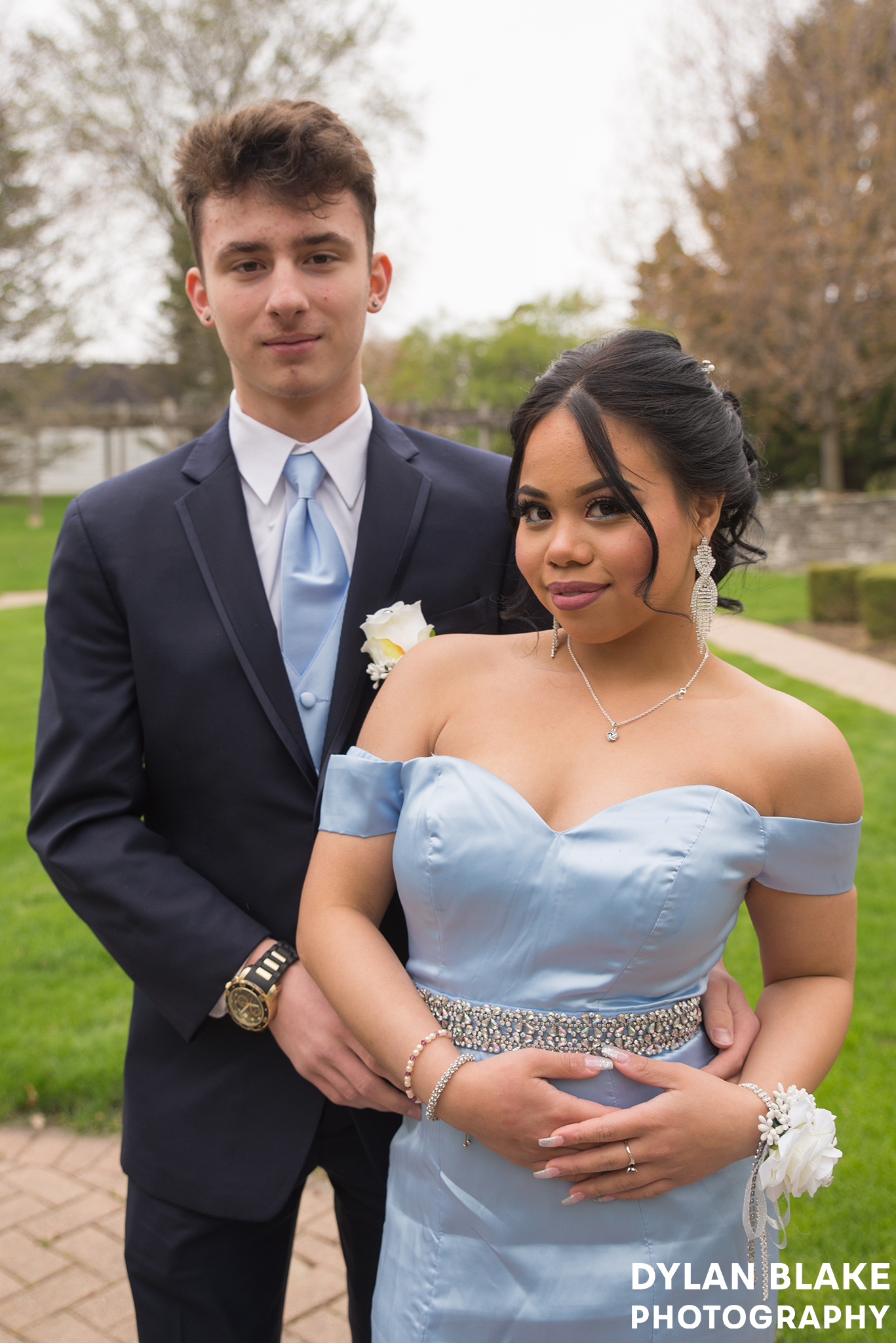 eliza-and-nico-prom-bowen08.jpg