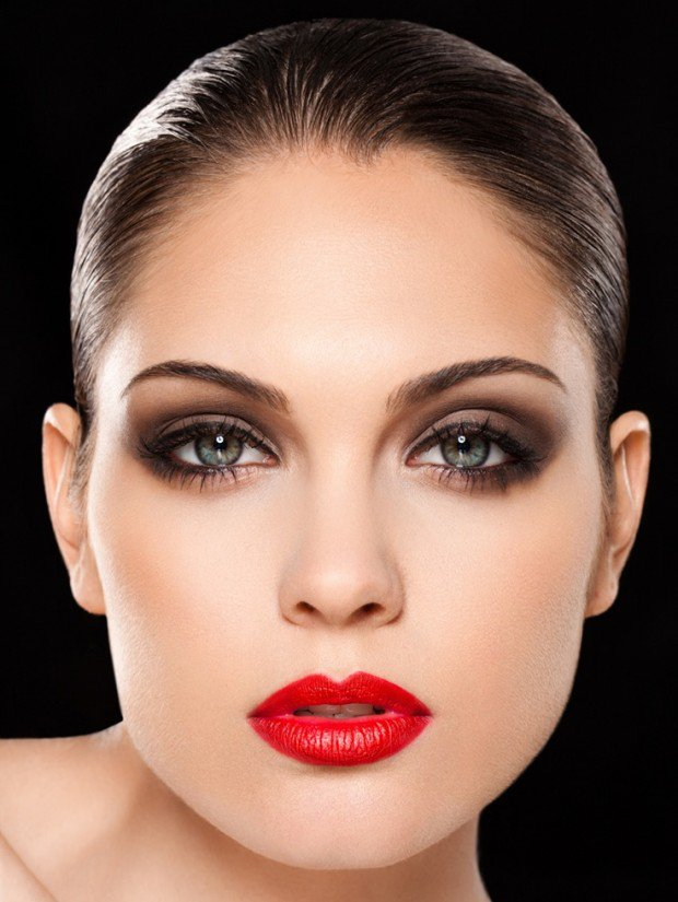 25-glamorous-makeup-ideas-with-red-lipstick-9-620x825.jpg