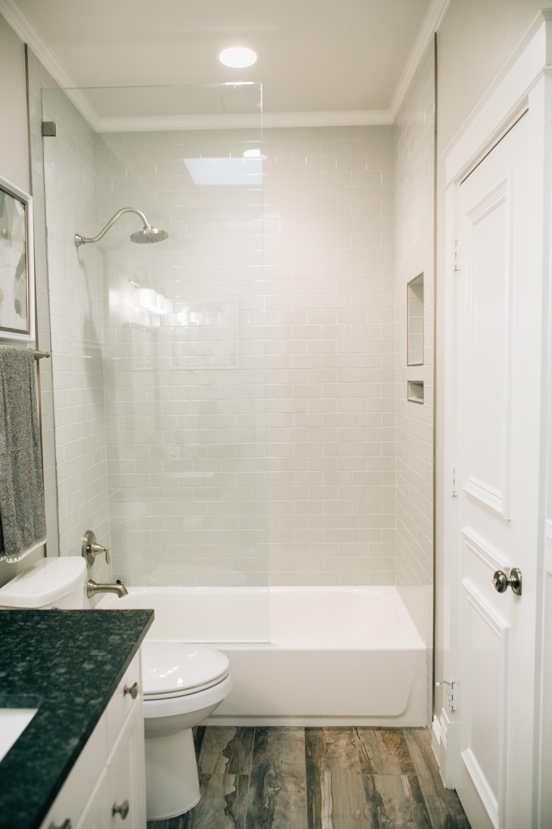 Bathroom Remodel 253.jpg