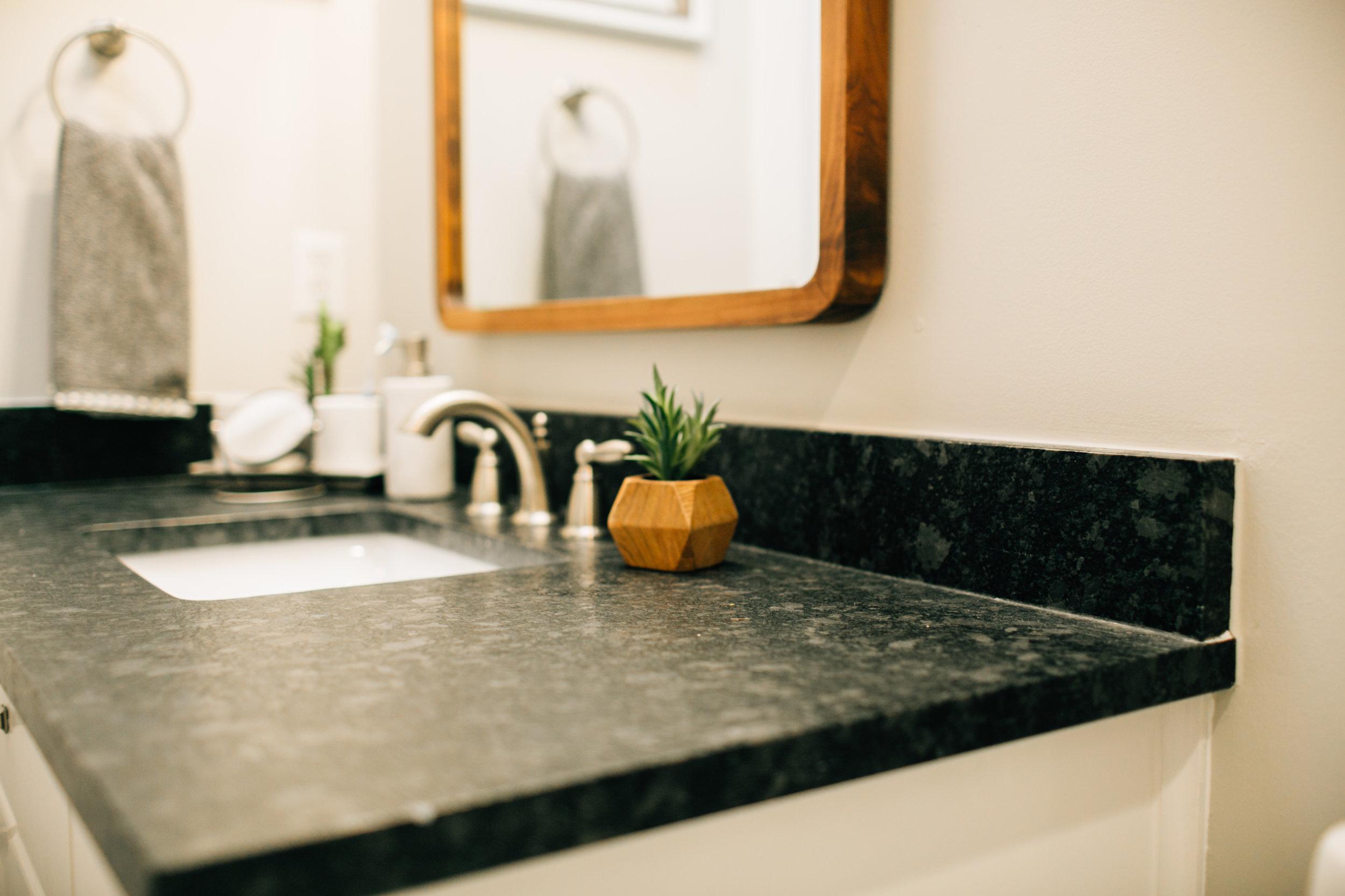Bathroom Remodel 255.jpg