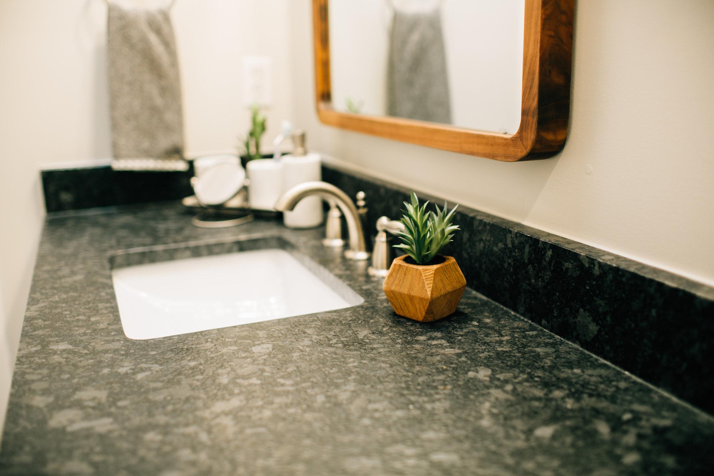 Bathroom Remodel 254.jpg