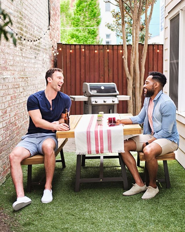 Grill and chill 🌭🍔☀️😎 •⠀ •⠀ •⠀ •⠀ •⠀ Models: @e.man06 + @willthelion  Hair and makeup: @teamdceliteimage