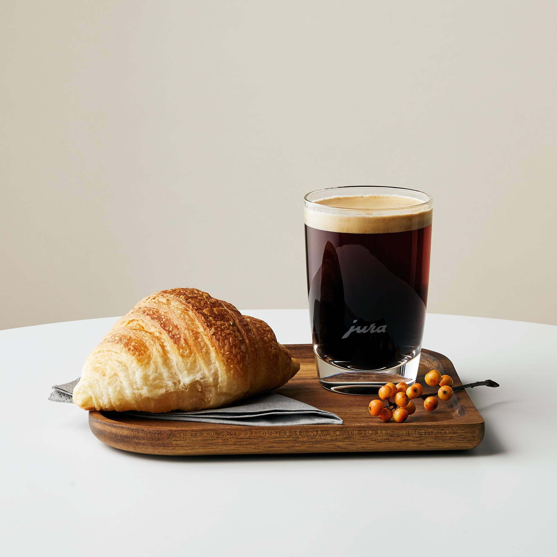 SP_Jura_Cafe_Creme_Croissant.jpg