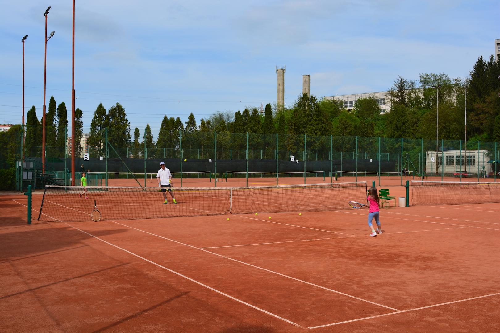 antrenori tenis cluj