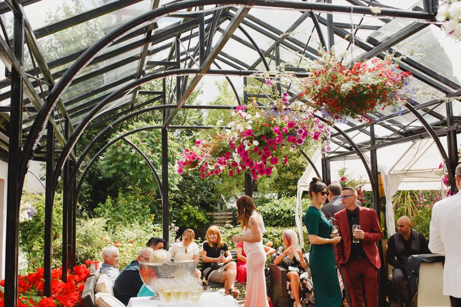 d+g_beaufield_mews_wedding_lgbt_liviafigueiredo_23.jpg