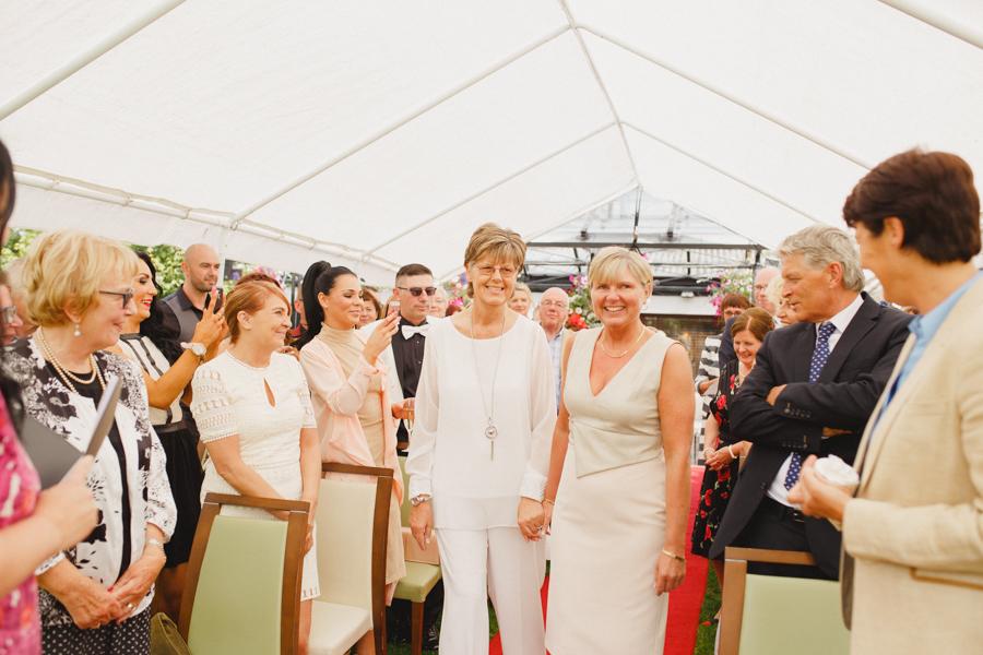 d+g_beaufield_mews_wedding_lgbt_liviafigueiredo_49.jpg