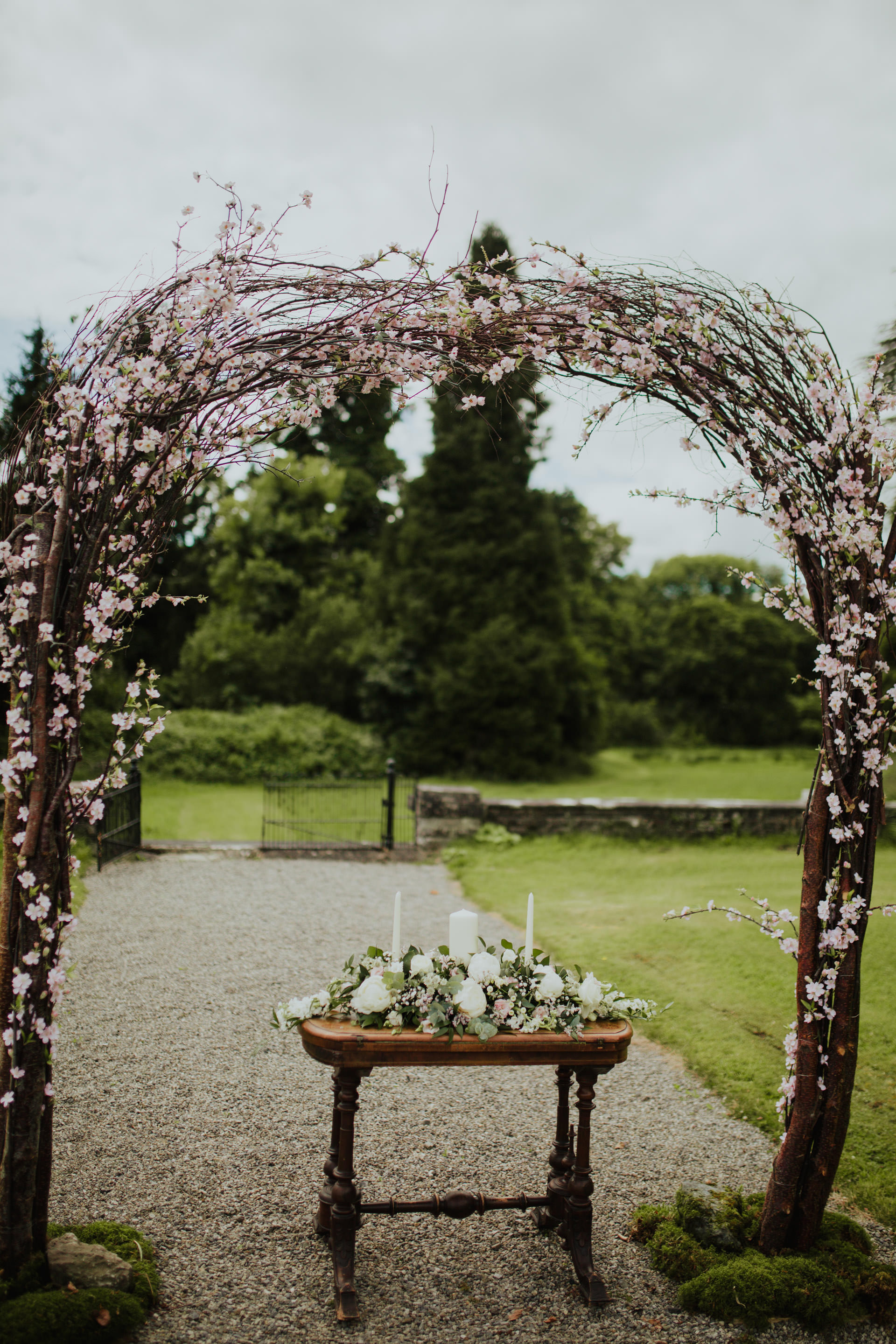a+s_temple_house_sligo_wedding_livia_figueiredo_401.jpg