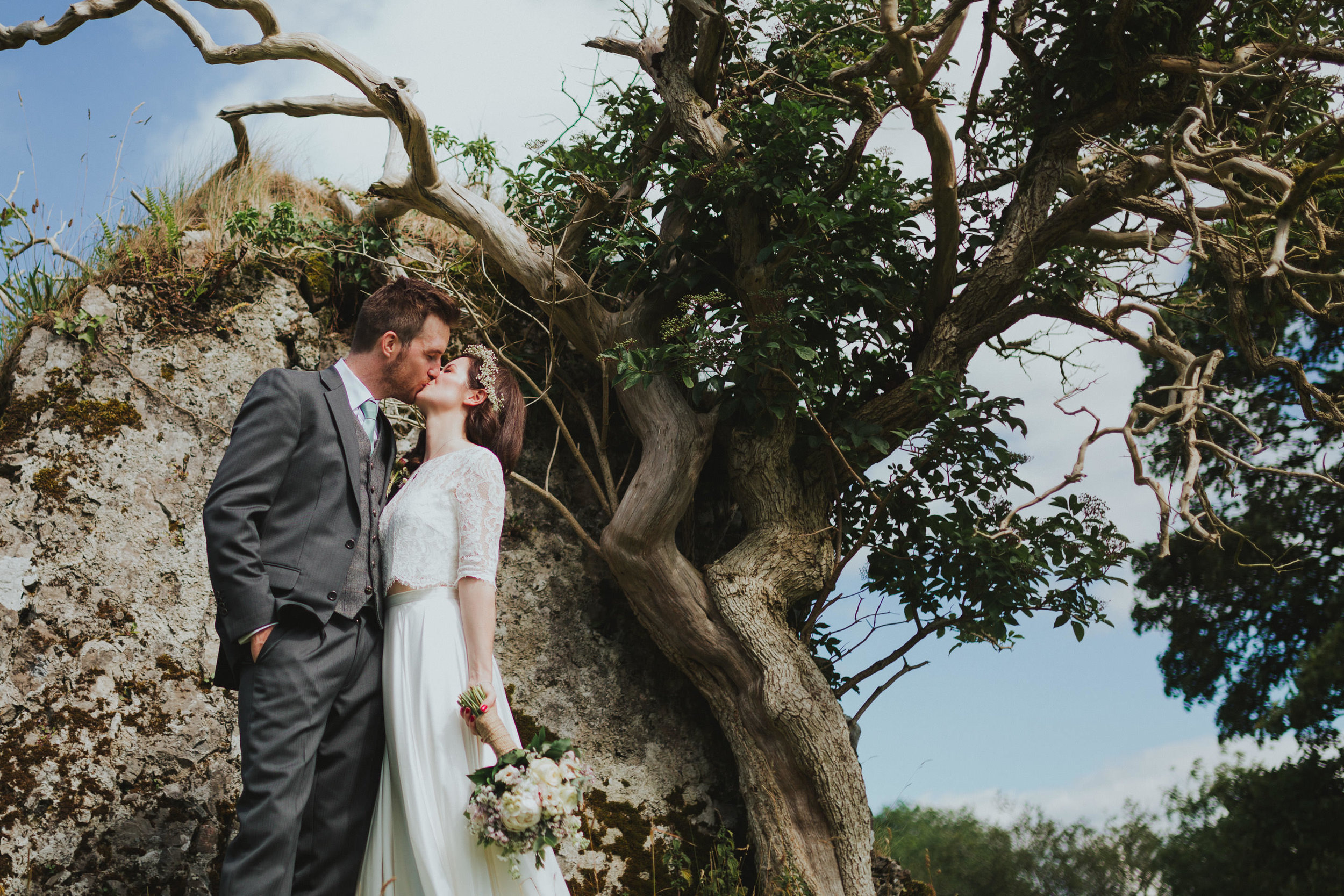 a+s_temple_house_sligo_wedding_livia_figueiredo_750.jpg