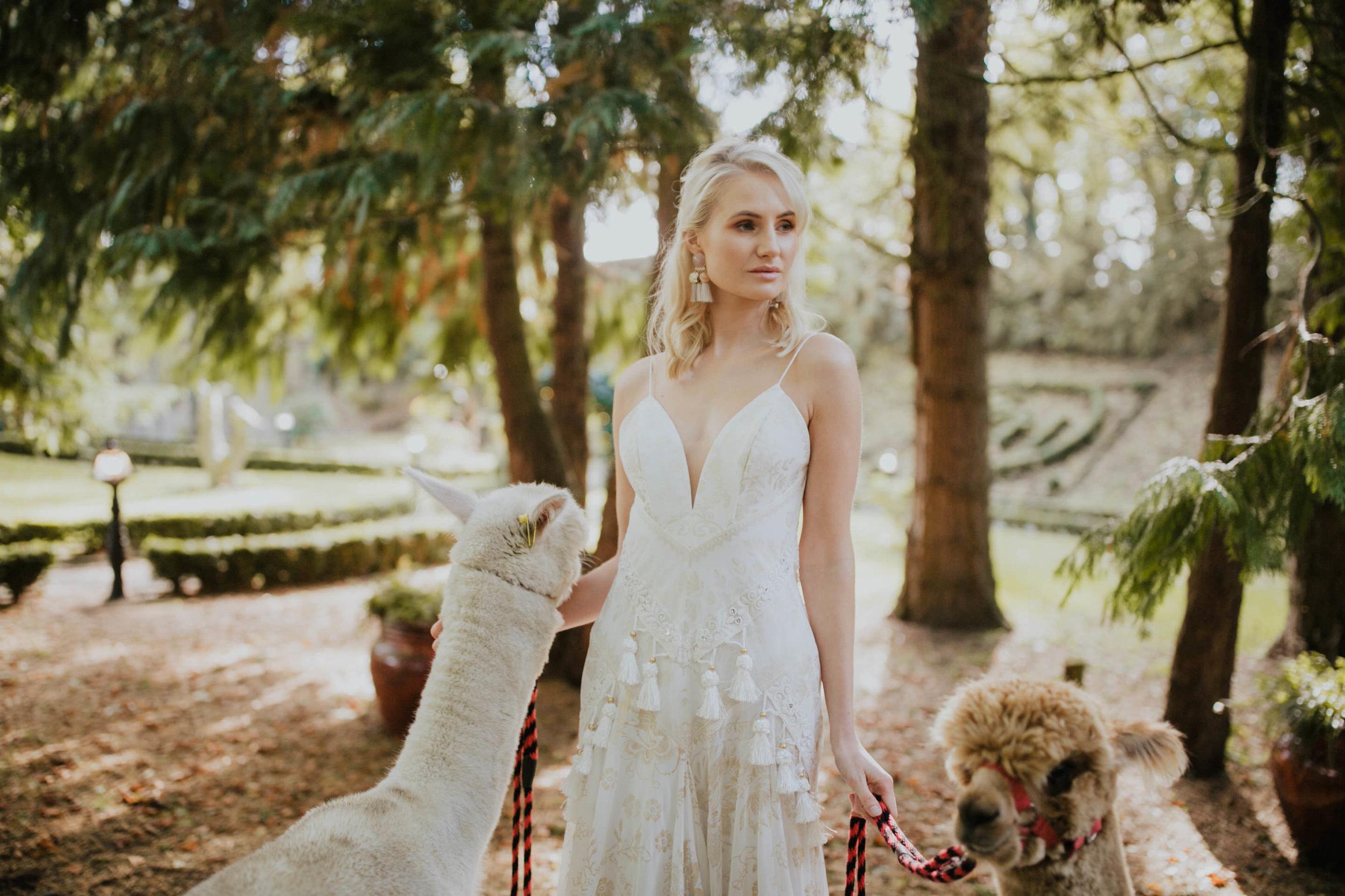 boho_wedding_alpaca_xpose_station_house_livia_figueiredo_photography_20.jpg