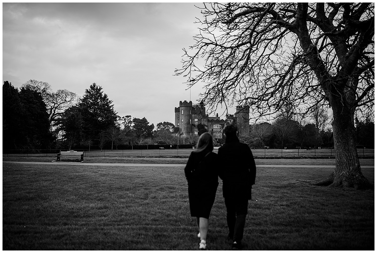j+m_malahide_castle_engagement_session_wedding_photographer_ireland_livia_figueiredo_12.jpg