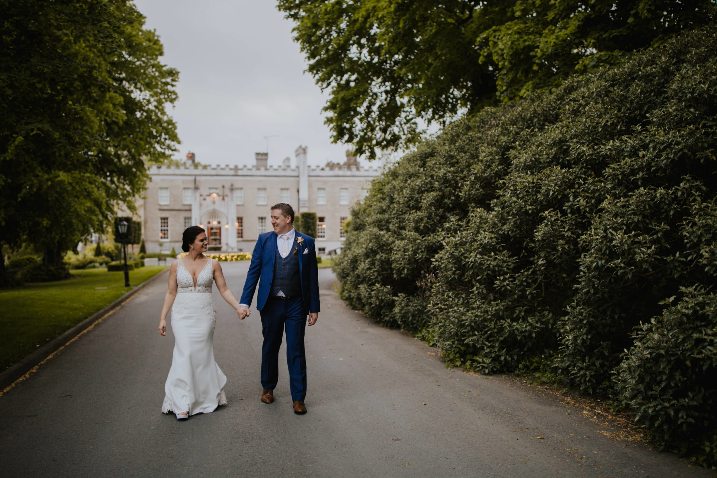 c+j_louth_wedding_photographer_bellingham_castle_livia_figueiredo_13.jpg