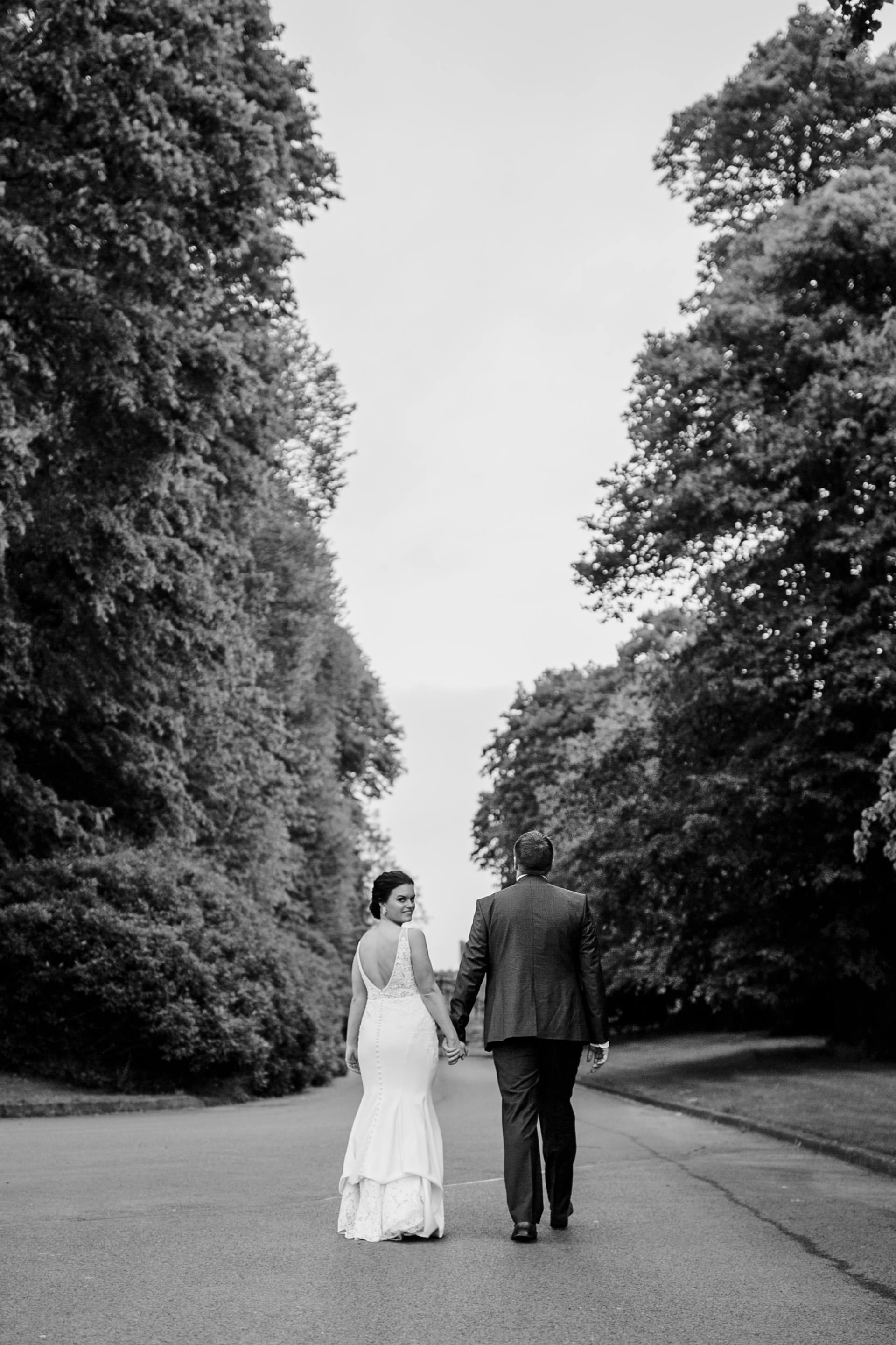 c+j_louth_wedding_photographer_bellingham_castle_livia_figueiredo_12.jpg