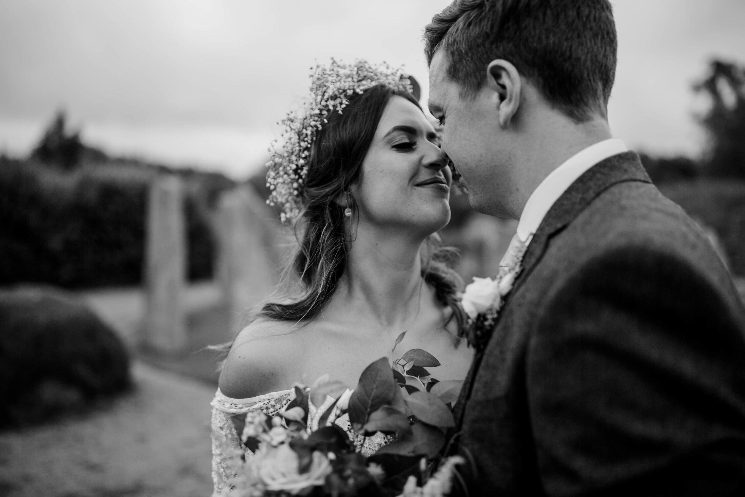c&j_brigits_garden_galway_wedding_photographer_livia_figueiredo_33.jpg