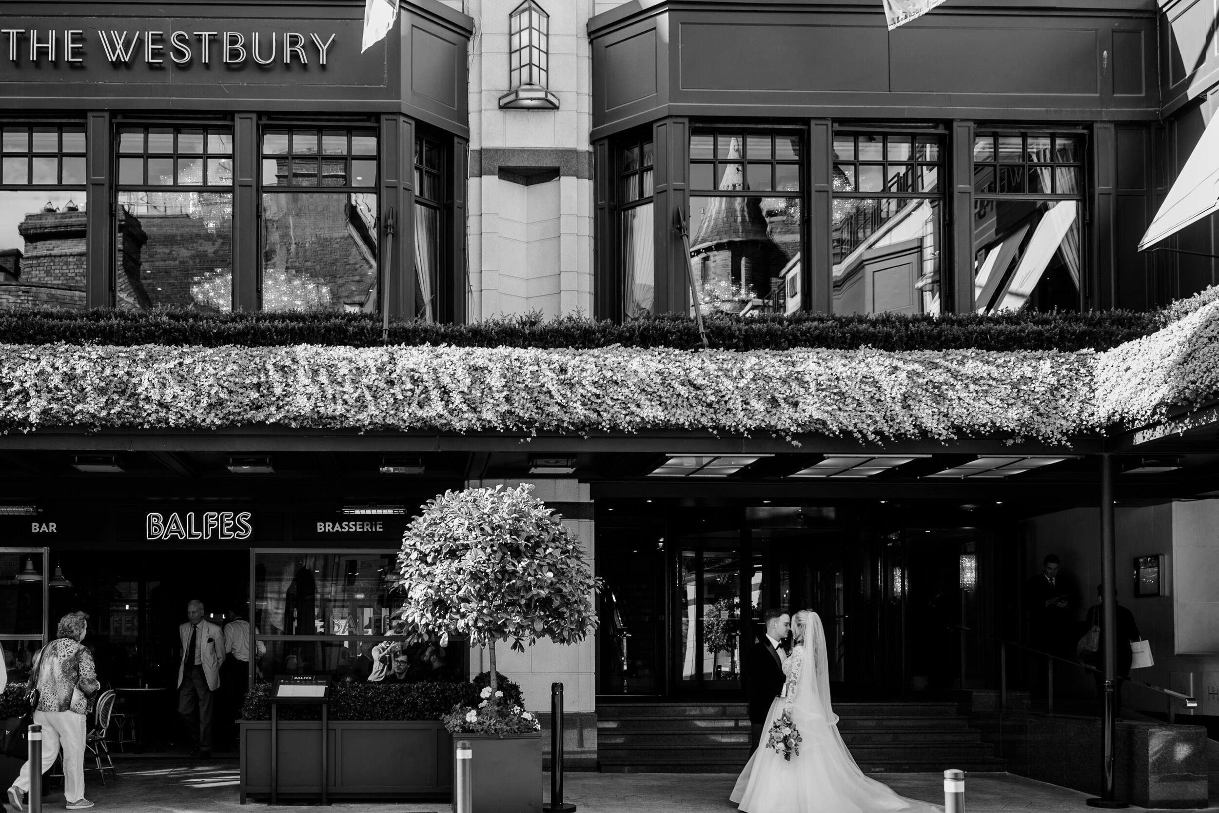 c&s_the_westbury_wedding_photographer_livia_figueiredo_31.jpg