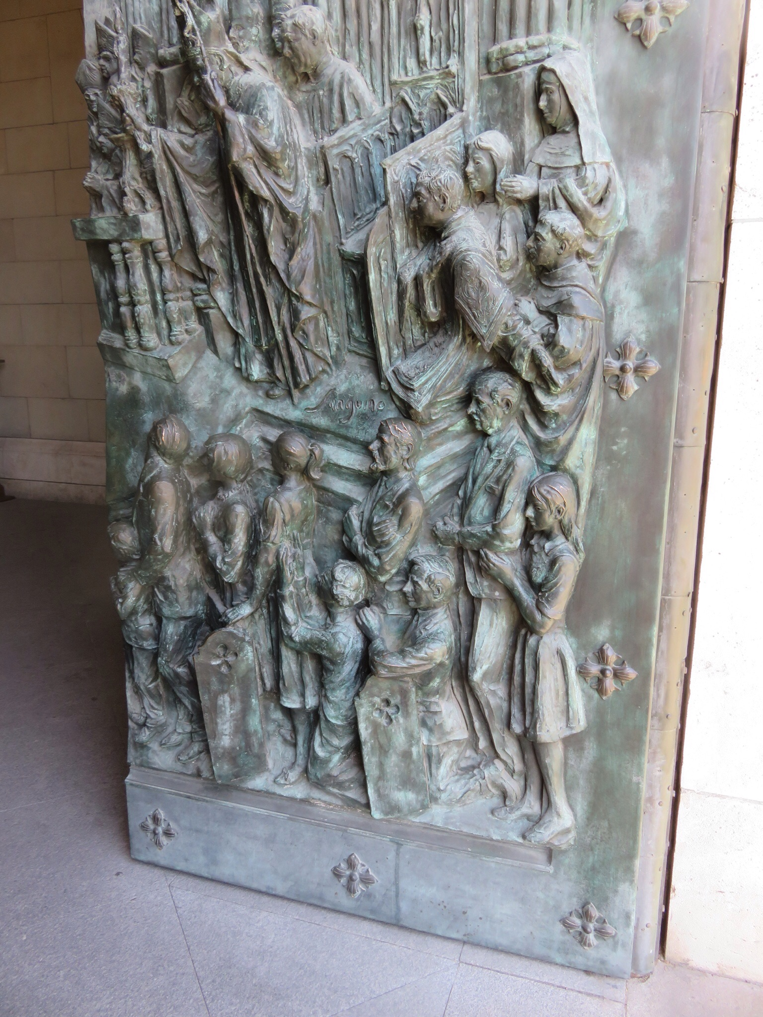 Bronze sculpted doors