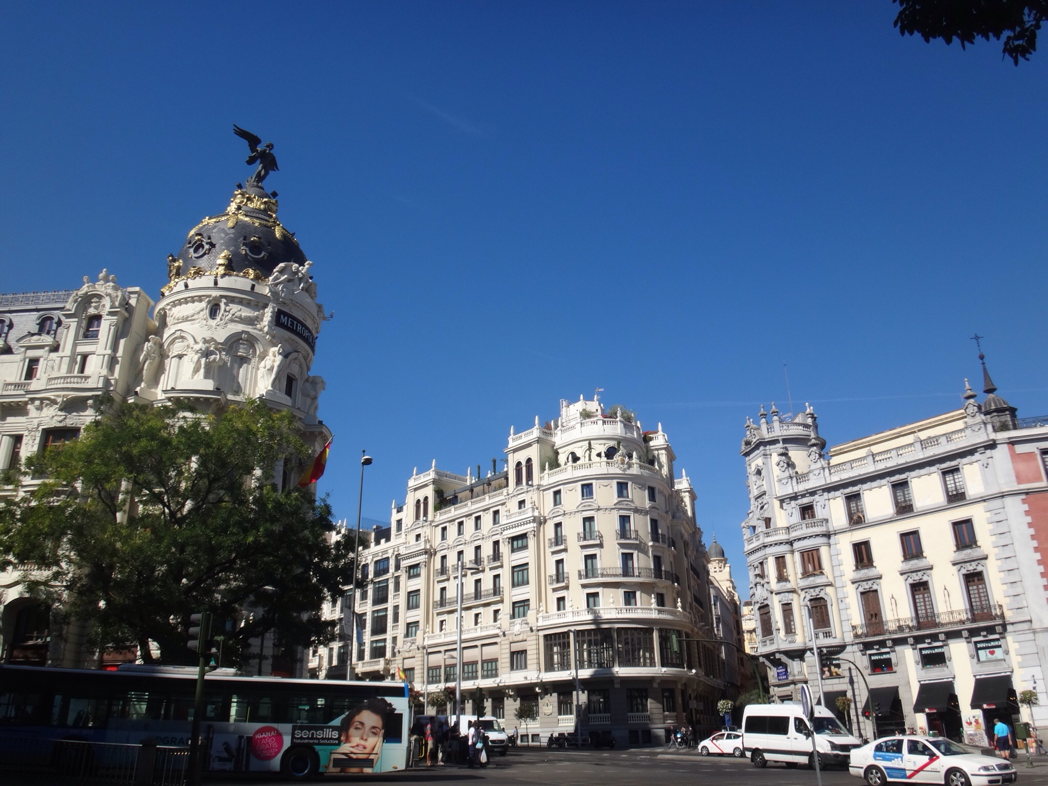1910 to 1950 buildings along the Gran Via.