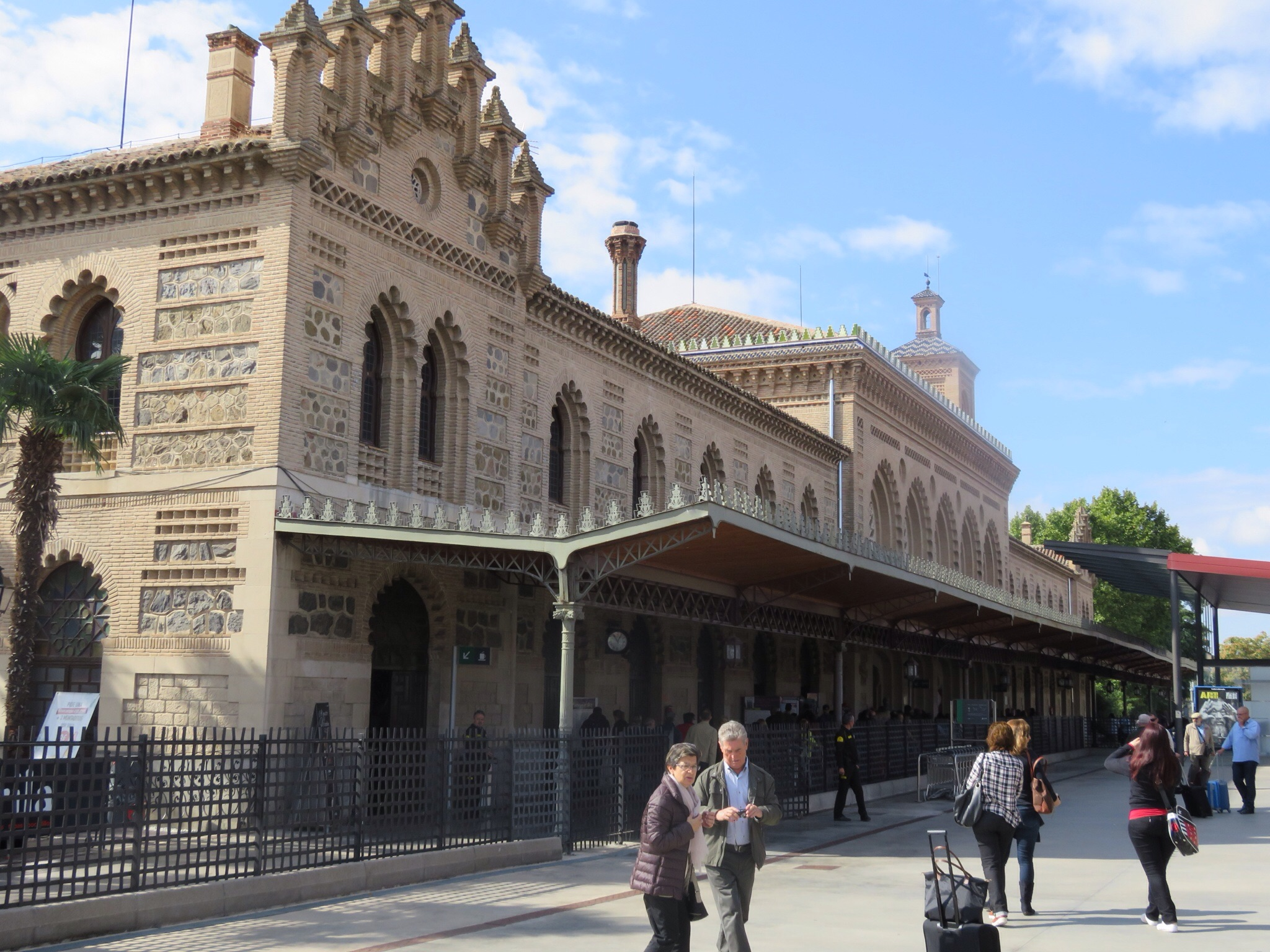 Toledo train station - Moorish influences