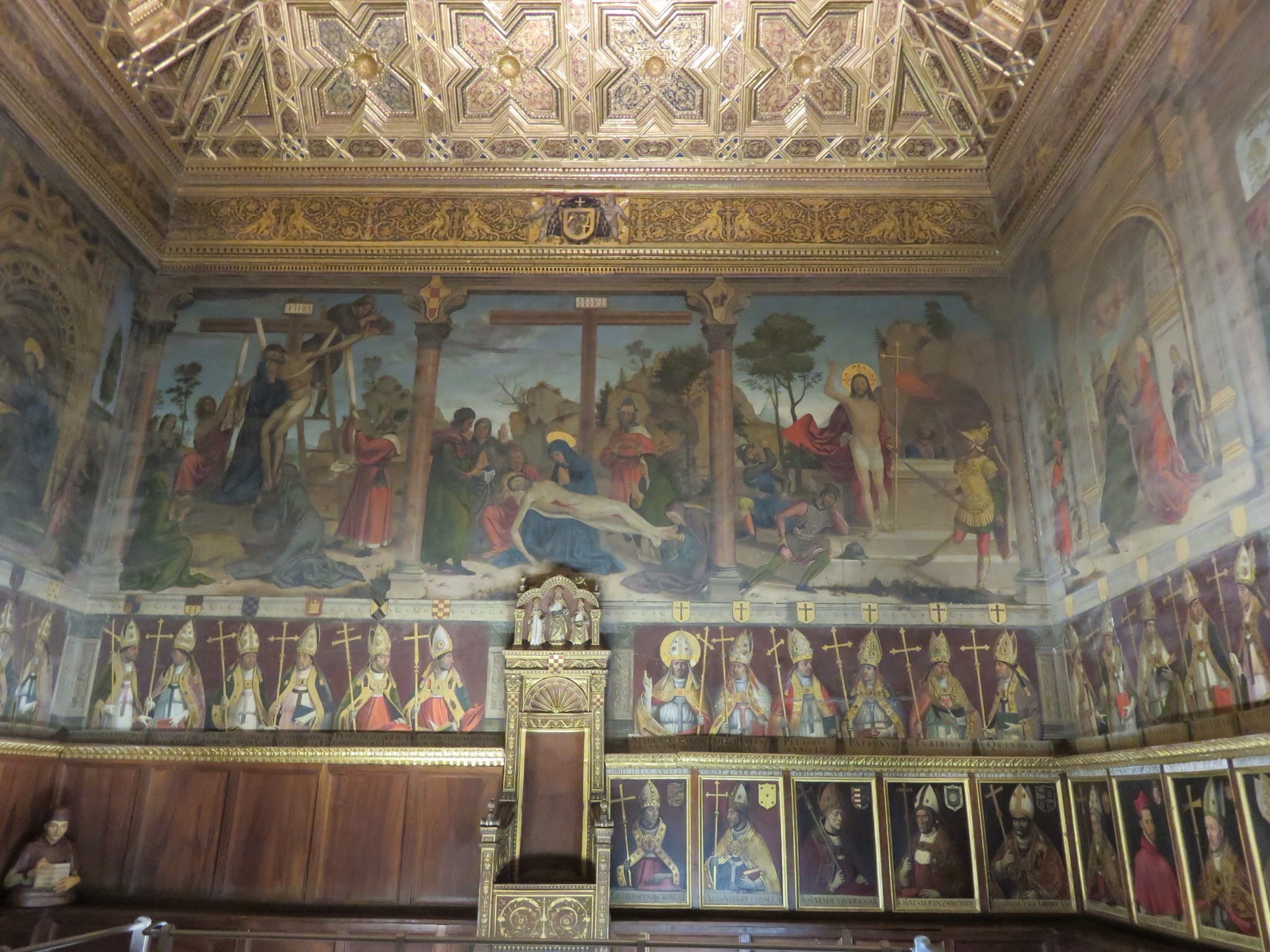 The Chapter House where church business was conducted, with paintings of Toledo archbishops circling the room in two rows -- the top row dating back to the 1500's.