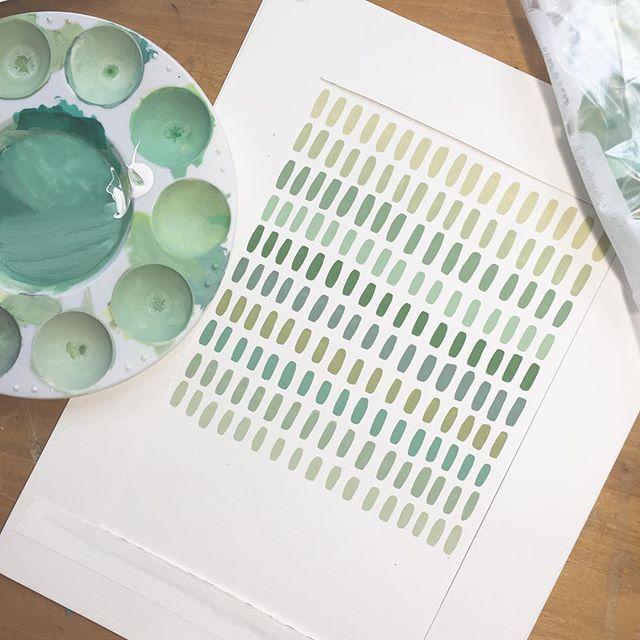 Dreamy shades of green filling my evening 😌🌙 #workinprogress
