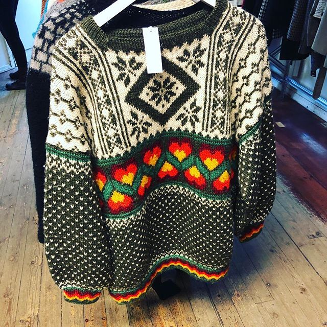 #tbt that time I went to Iceland and really wanted to buy this sweater in a secondhand store but it was way too itchy so all I could do is take a picture. #sad