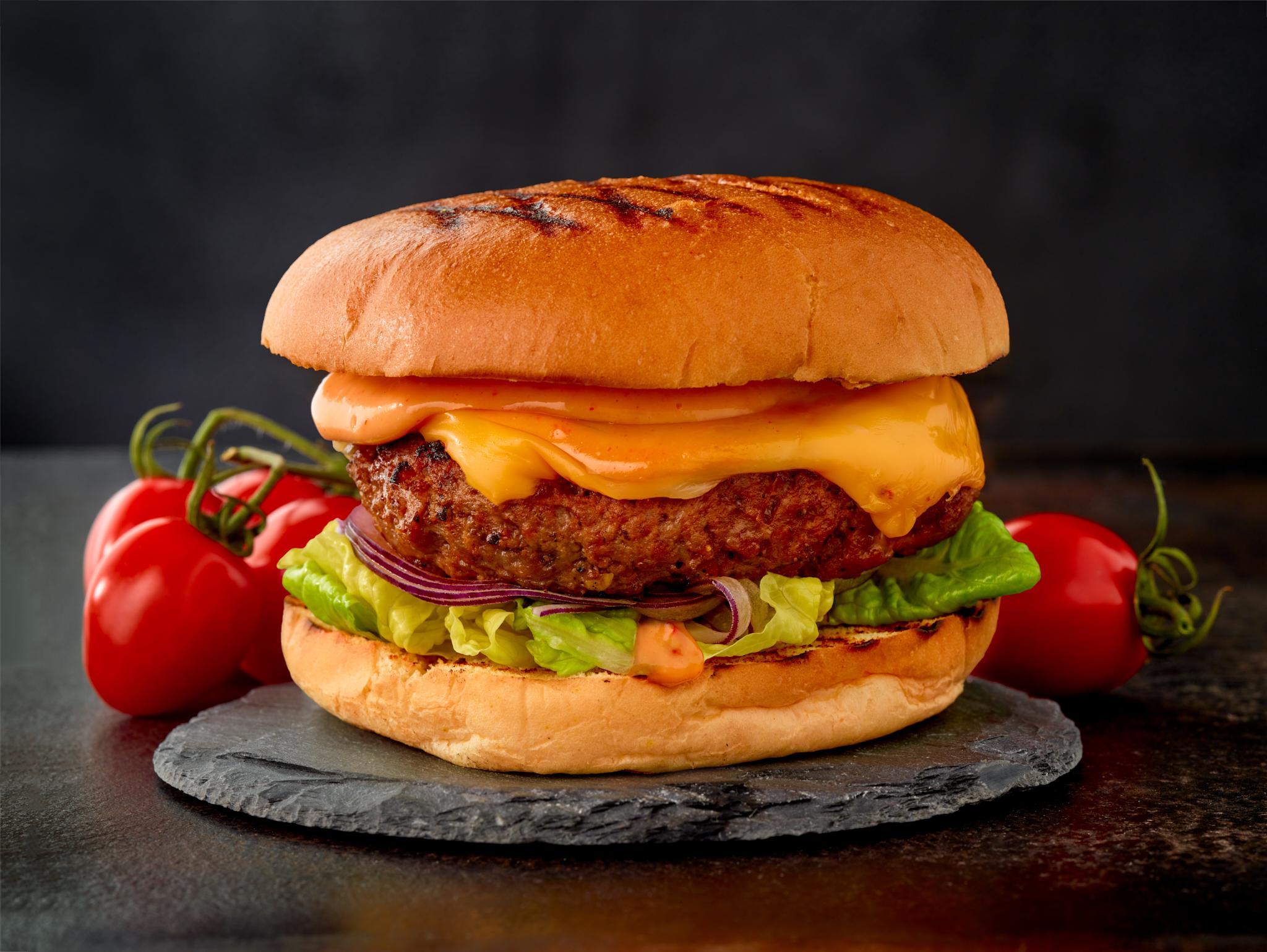 2018_12_15 - Hoodiefood-092_burger_web.jpg