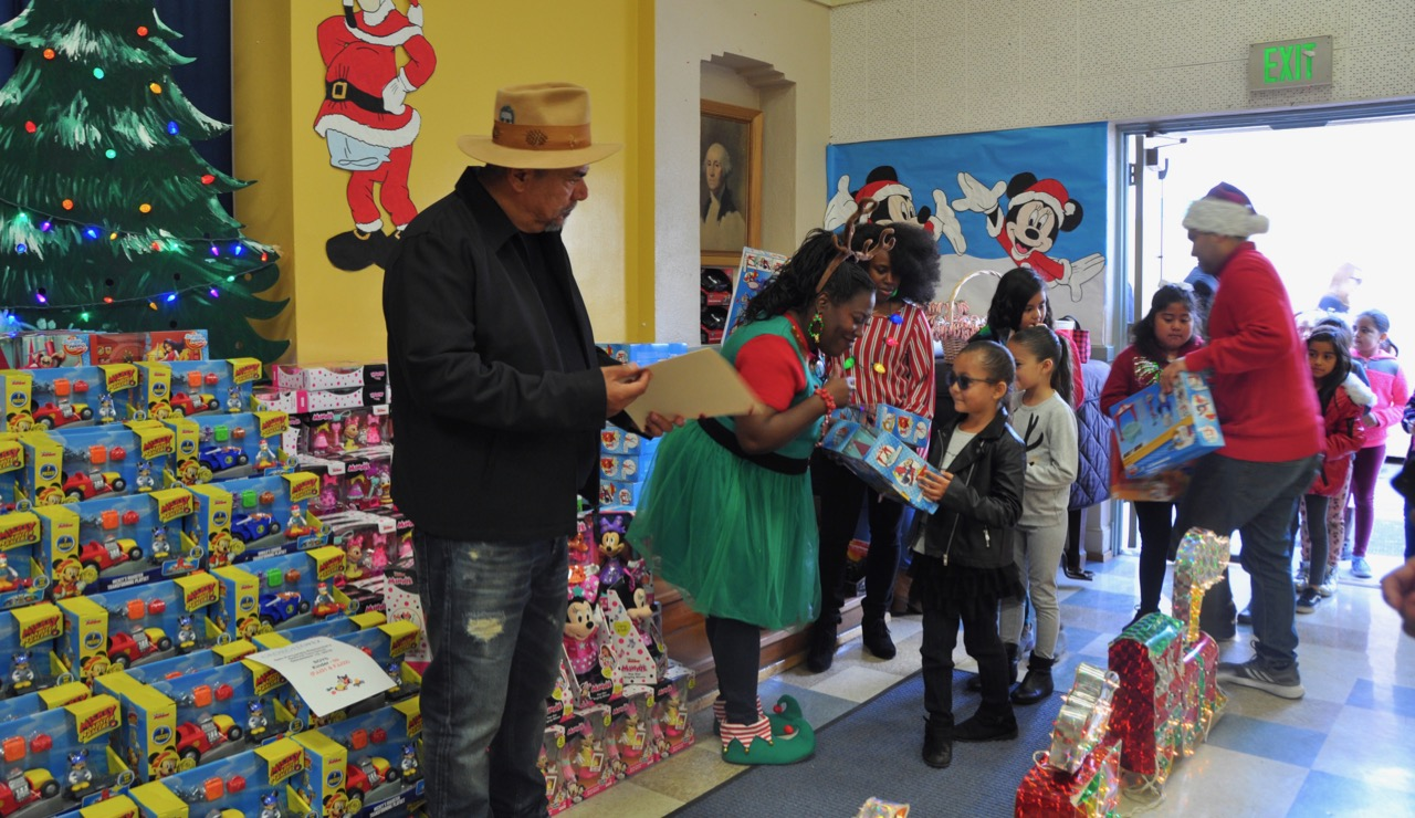 George Lopez Foundation Toy Drive - 30.jpg