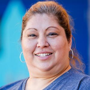 Myrna Albanez, Maestra de Ciencias Sociales – Grado 6