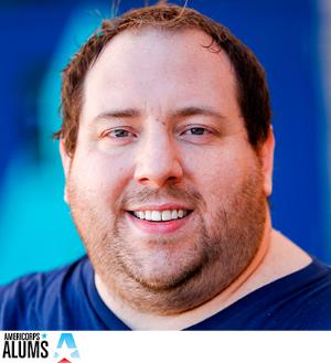 Ryan Mick, Director Académico