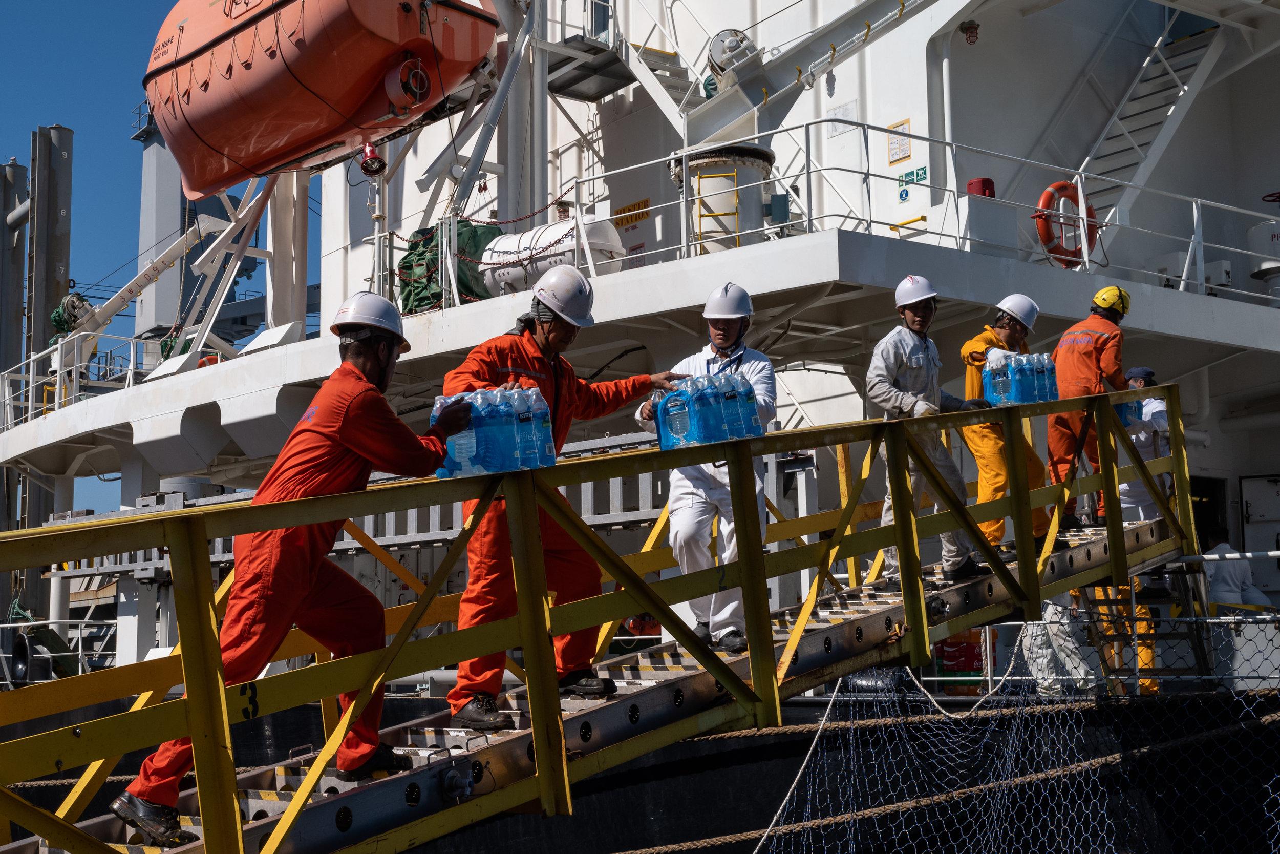Filipino Seafarers - Photo essay by: Justin Katigbak