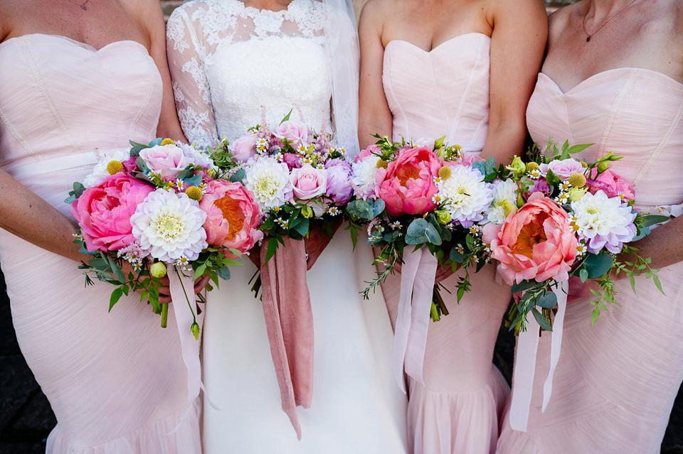 lauren wedding flowers 2.jpg