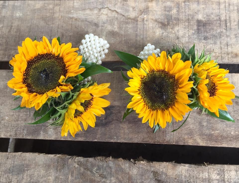 Sunflower Wrist corsage.jpg