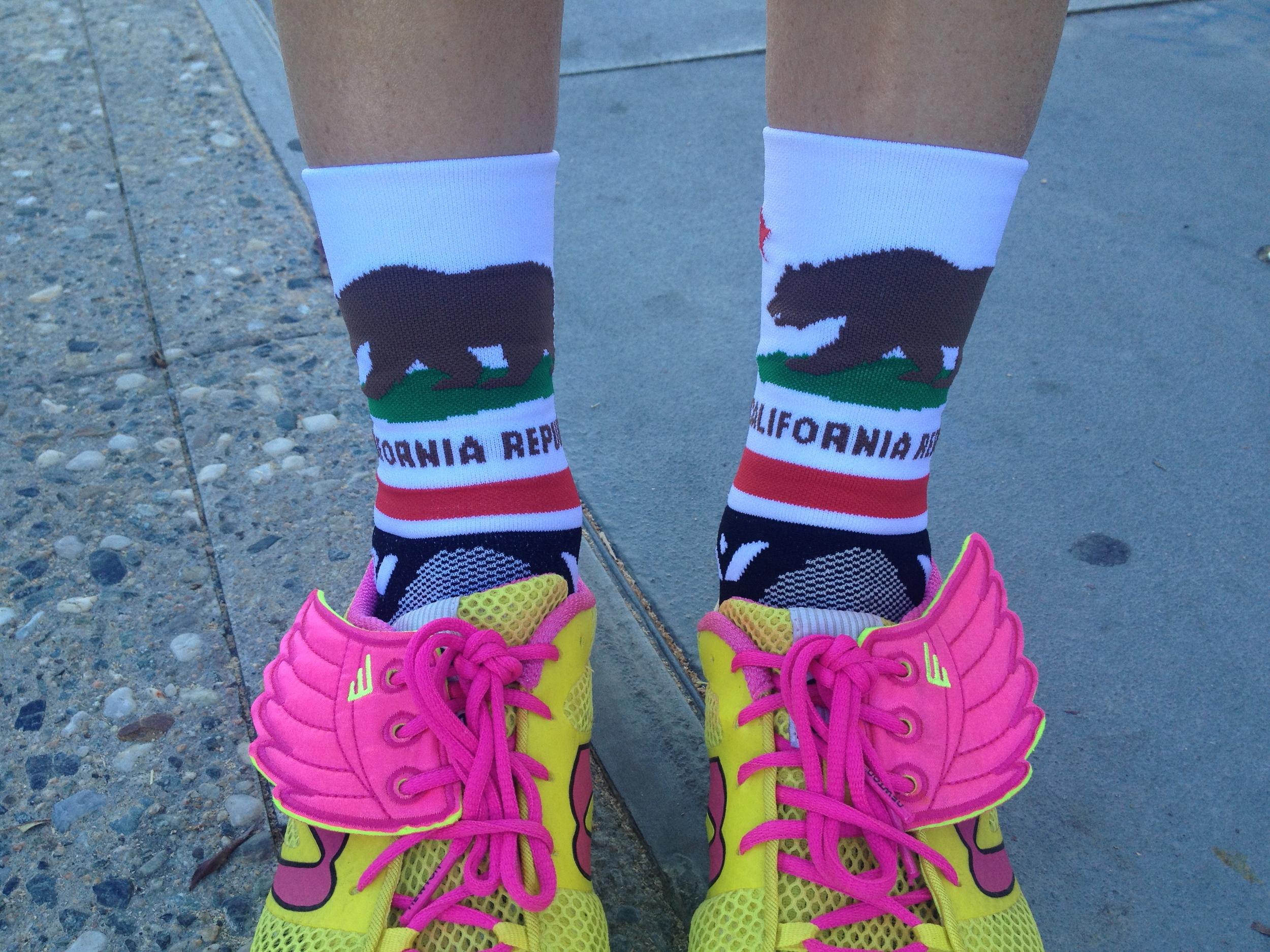FRESH2DEATH. LOVE my new CAL compression socks.