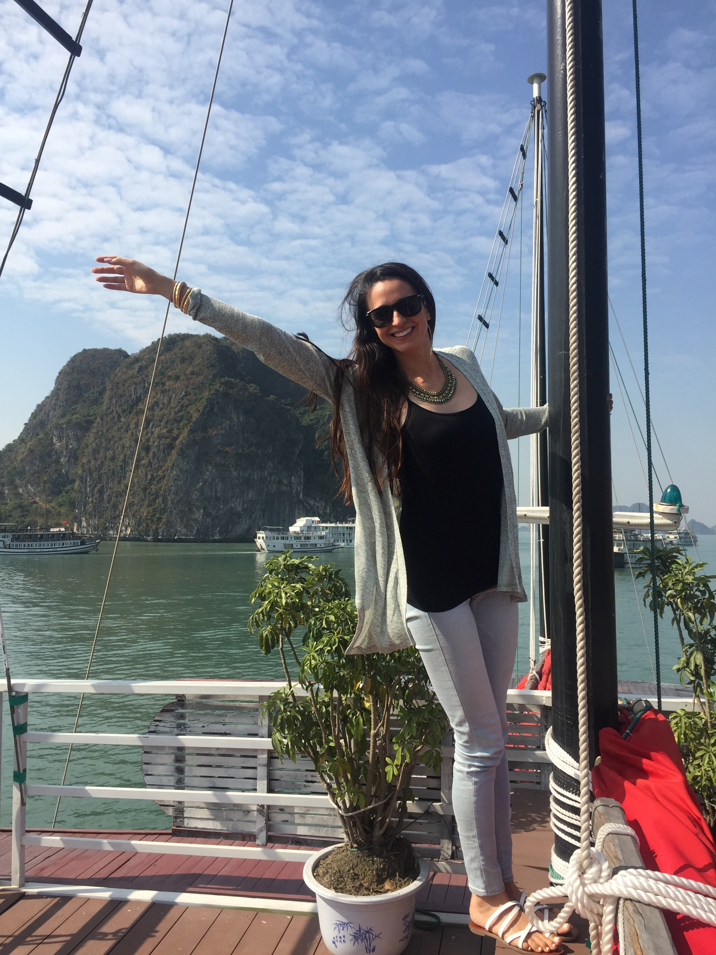 can't handle the beauty that is Halong Bay. a beauty so disorienting that I do the weirdest poses to try & compete.