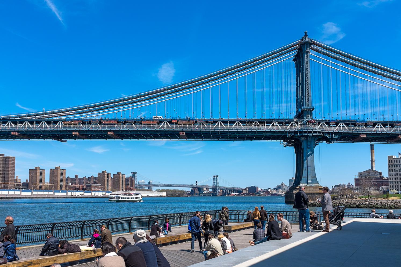 ROCK MAMA NYC LIFESTYLE BLOG - JANE'S CAROUSEL BROOKLYN