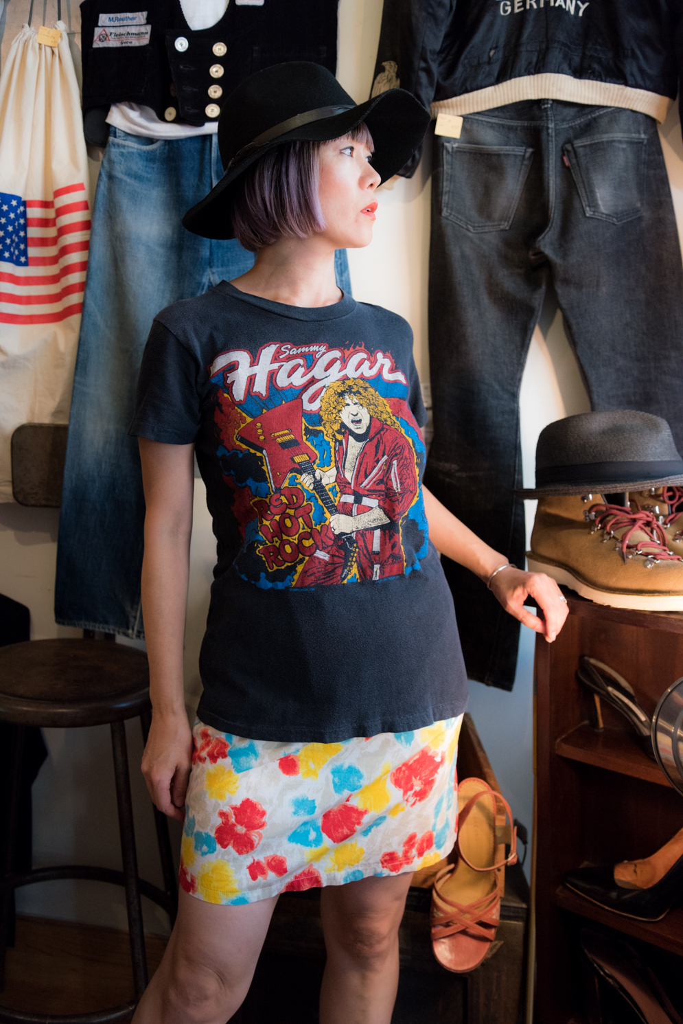 ROCK MAMA NYC LIFESTYLE BLOG - VINTAGE ROCK T-SHIRTS