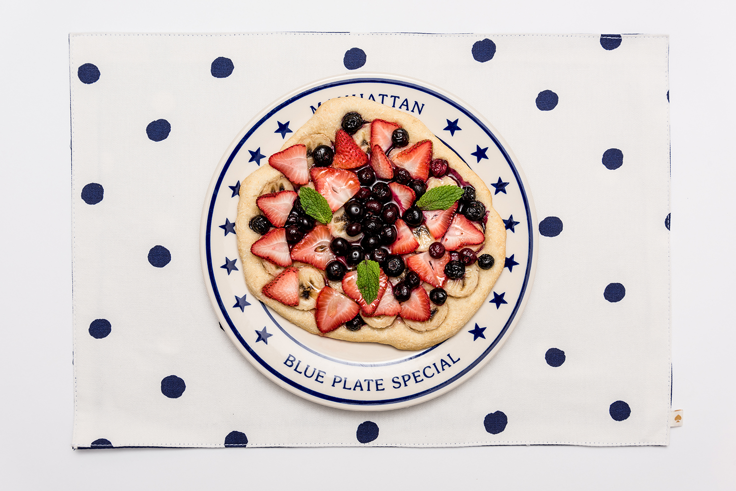 ROCK MAMA NYC LIFESTYLE BLOG - RECIPE - SUPER EASY FRUIT PIZZA