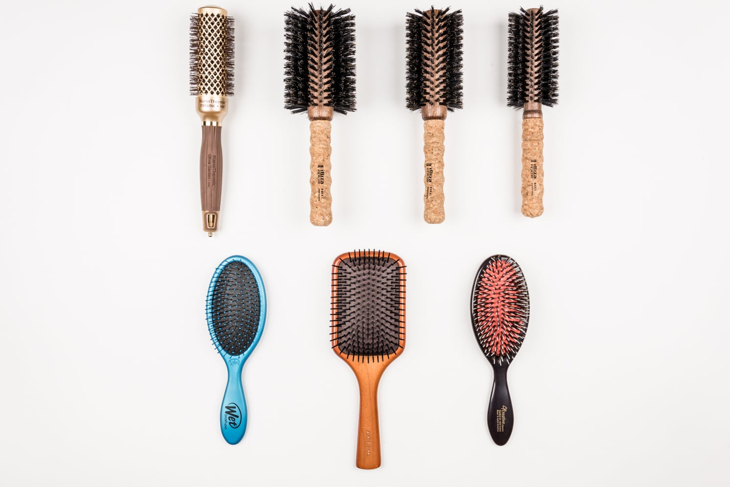 rock mama nyc lifestyle blog - how to pick the right hair brush - to get smooth hair